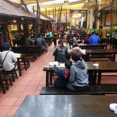 Photo taken at Quán Ăn Ngon by Kevin T. on 2/14/2013
