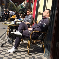 Photo taken at Caffè Nero by 🇬🇧 Dr Paul . on 4/23/2015