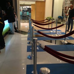 Photo taken at Reel Cinemas ريل سينما by Mustafa K. on 5/11/2013