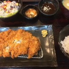 Photo taken at Yayoi (ยาโยอิ) by Pui on 9/12/2015