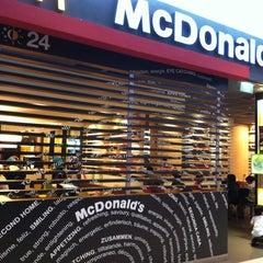 Photo taken at McDonald's / McCafé by Raymond C. on 12/2/2012