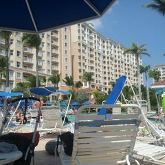 Photo taken at Marriott's Aruba Surf Club by Jenna A. on 3/19/2013