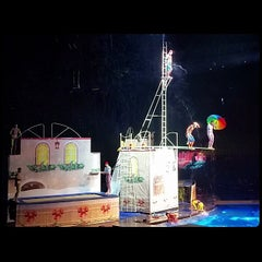 Photo taken at 长隆国际大马戏 Chimelong International Circus by blitzkriëg on 12/21/2014