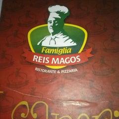 Photo taken at Famiglia Reis Magos by Maria Luisa M. on 5/25/2013