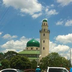Photo taken at Masjid Al-Hasanah by Hafiz W. on 4/12/2013