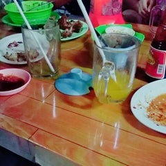 Photo taken at Soto Rusuk Ba Ko' Petrus by Mensy Marcella W. on 9/20/2015