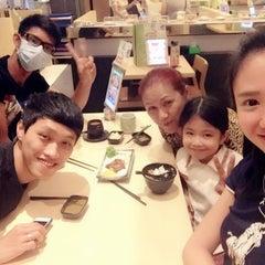 Photo taken at Sakae Sushi by Cass M. on 9/22/2015