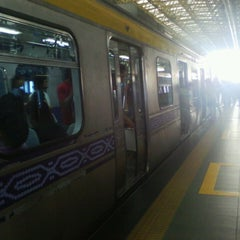 Photo taken at LRT 2 (Araneta Center-Cubao Station) by Jenny N. on 4/4/2013