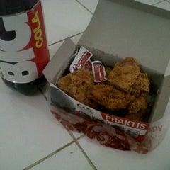 Photo taken at KFC by Amalia Dina P. on 8/10/2013