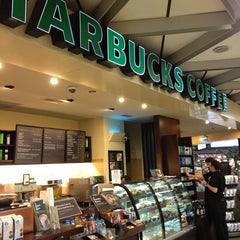 Photo taken at Starbucks by Huseyin D. on 3/15/2013