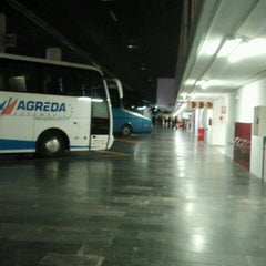 Photo taken at Estación Central de Autobuses by Raquel G. on 4/19/2013