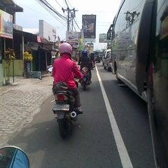 Photo taken at Indomaret jalan godean km 4 by Saddam R. on 5/16/2013