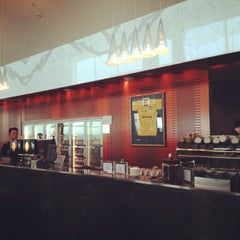 Photo taken at Qantas Club by miss j l. on 2/12/2013