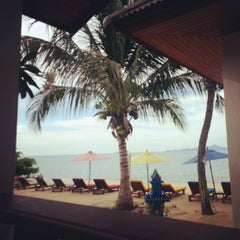 Photo taken at Maenamburi Resort by Pan S. on 9/30/2012