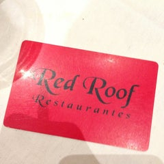Photo taken at Red Roof Restaurantes by Arthur B. on 6/4/2013
