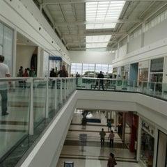 Photo taken at Shopping São José by Erik Peterson A. on 4/12/2013