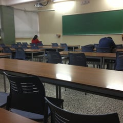 Photo taken at Universidad Galileo by Andres R. on 3/4/2013