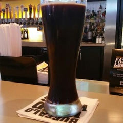 Photo taken at Buffalo Wild Wings by Leroy S. on 11/9/2015