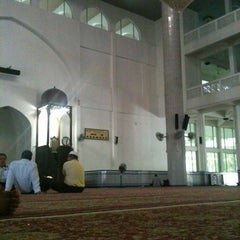 Photo taken at Masjid Sultan Ismail by khairuddin z. on 5/2/2012