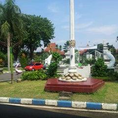 Photo taken at Sekretariat Daerah Kabupaten Sidoarjo by Asep K. on 5/25/2013