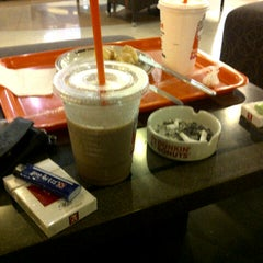Photo taken at Dunkin Donuts by Daniel H. on 3/25/2013