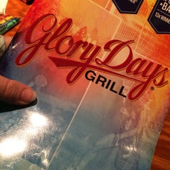 Photo taken at Glory Days Grill by Jennifer W. on 12/22/2015