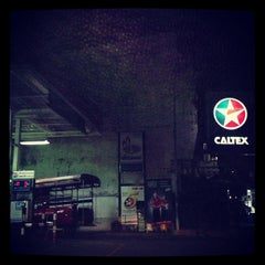 Photo taken at Caltex (คาลเท็กซ์) by Nateegarn K. on 3/7/2013