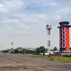 Photo taken at Halim Perdana Kusuma International Airport (HLP) by M Rizki F. on 6/17/2013