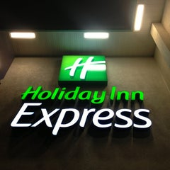 Photo taken at Holiday Inn Express Langhorne-Oxford Valley by Ben H. on 4/10/2013