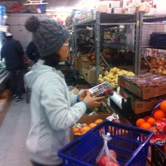 Photo taken at BESTWORLD Supermercado by Woongki M. on 3/12/2014