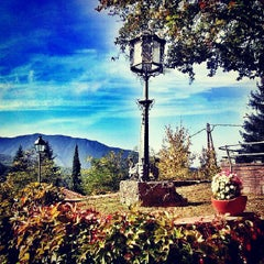 Photo taken at Hostal De La Gloria Viladrau by Carles on 10/26/2013