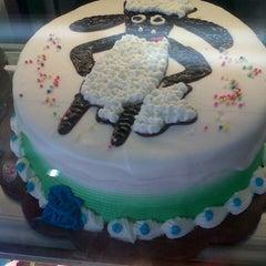 Photo taken at Majestyk Bakery & Cake Shop by astika f. on 11/6/2013