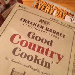 Photo taken at Cracker Barrel Old Country Store by Maximus S. on 2/24/2013
