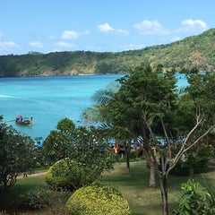 Photo taken at Phi Phi Island Cabana Hotel by Ozan B. on 12/27/2015