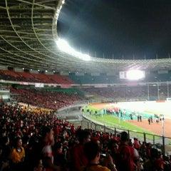 Photo taken at Stadion Utama Gelora Bung Karno (GBK) by ivada p. on 7/14/2013