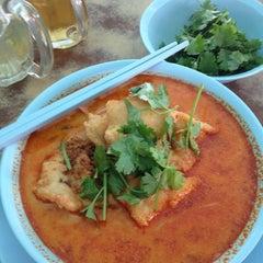 Photo taken at Seng Hing Coffee Shop by Darth Maul on 3/21/2013