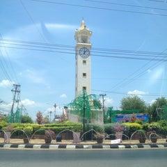 Photo taken at หอนาฬิกาเมืองมหาสารคาม (Maha Sarakham Clock Tower) by F I N E A. on 5/31/2015