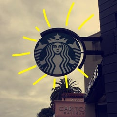 Photo taken at Starbucks by eng.Thaher A. on 5/25/2015