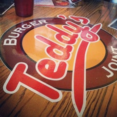 Photo taken at Teddy's Burger Joint by Jez on 1/18/2013