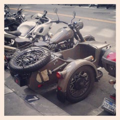 Photo taken at Sansome St. and Bush St. by Maria P. on 6/12/2013