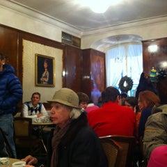 Photo taken at Cafe Tomaselli by Rafke on 12/29/2011
