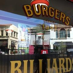 Photo taken at Jake's Burgers & Billiards by Kokopuff on 8/22/2012