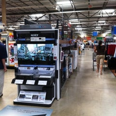 Photo taken at Walmart Supercenter by Angel G. on 7/30/2011