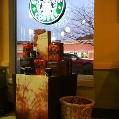 Photo taken at Starbucks by Cynthia on 11/9/2011