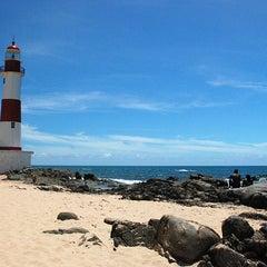 Photo taken at Praia de Itapuã by Turismo Bahia on 7/7/2011