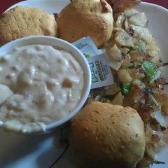 Photo taken at Arthur's Family Restaurant by Wyatt D. on 4/18/2012