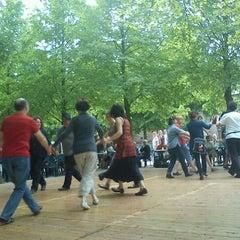Photo taken at Jardin de l'Archevêché by Sakapatate on 4/24/2011