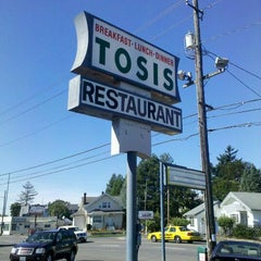 Photo taken at Tosis Restaurant by Jeff M. on 9/29/2011