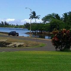 Photo taken at Haleiwa Joe's by Jolie B. on 8/23/2011