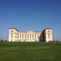 Photo taken at Palais du Pharo by Chloé O. on 3/24/2012